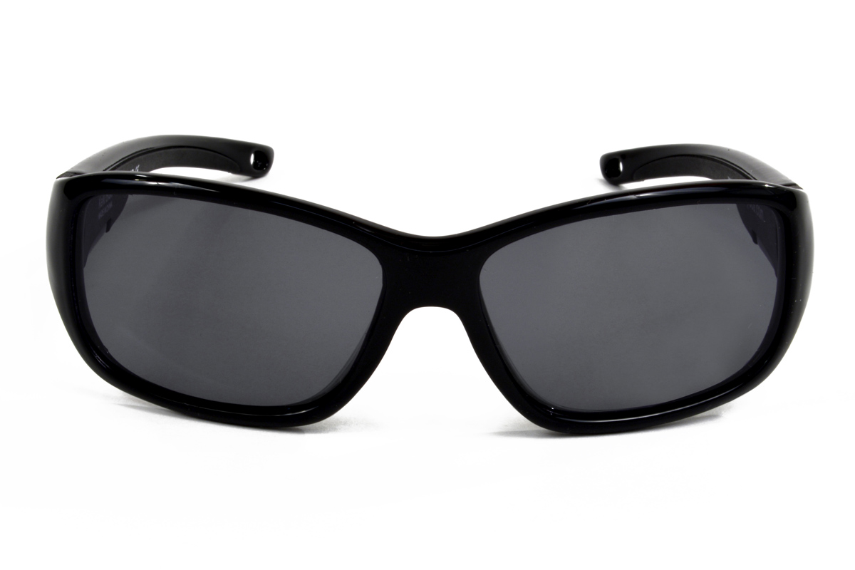 It can be difficult to put sunglasses on children. They tend to be too young to understand the benefits of sun protection to their eyes. Sometimes it helps for the glasses to have fun patterns. We offer a number of kid-targeted sunglasses bound to get your child excited to wear them. Additionally.